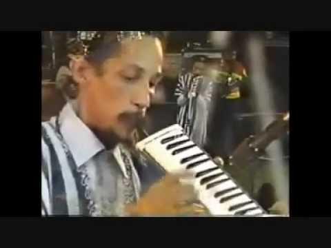 (1) Augustus Pablo - Java - Live mp3