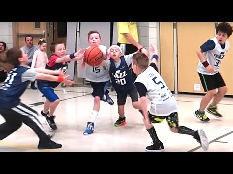 👦🏽🏀KIDS BASKETBALL BRAWL! BATTLING FOR THE REBOUND!💪