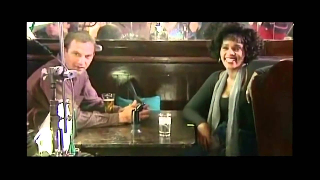 Whitney Houston & Kevin Costner - Just A Kiss - YouTube