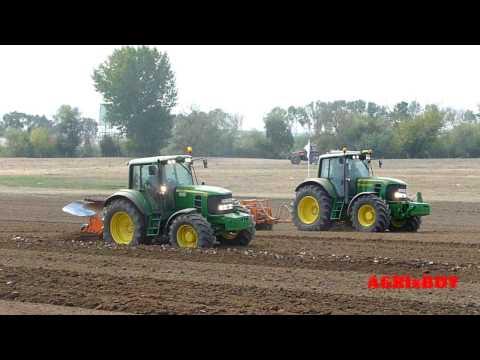 """"""" New Holland""""  vs  """"John Deere""""  vs """"Valtra"""" , tractor  field exibition"""