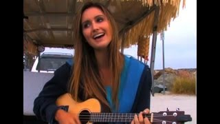 "Coronado, California ""Soul Sister"" Roxy King Serenades Beach Crowd"