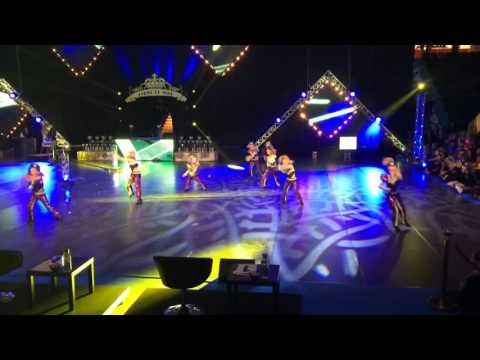 Discogruppen Dynamite från Showdansskolan Flex vinner här SM-GULD 2016 i Norrköping