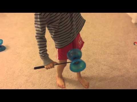 Chinese YoYo beginner trick #7 Chicken on the Stick