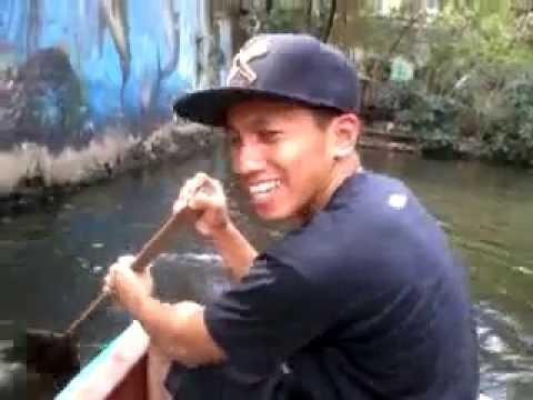 Manila zoo boat