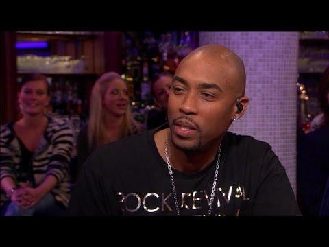 Schaamt Montell Jordan zich voor R&B-verleden? - RTL LATE NIGHT