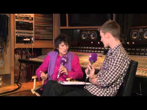 Ronnie Wood (The Rolling Stones) interview with Chris Martin Part 1