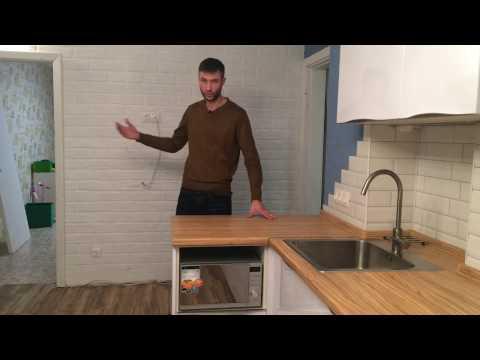 Белая глянцевая кухня. Дизайн белой кухни с фурнитурой Blum.  Кухни на заказ.