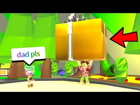 I BOUGHT EVERYBODY MAX GIFTS.. (Roblox Adopt Me)