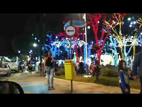 Praça do Taboão da Serra SP, enfeitada para o Natal