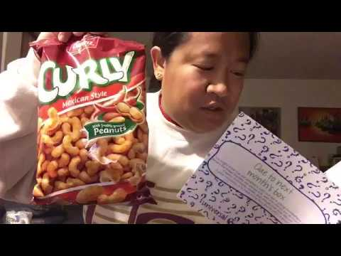 Universal Yums December 2016 Unboxing & Tasting Video - GERMANY