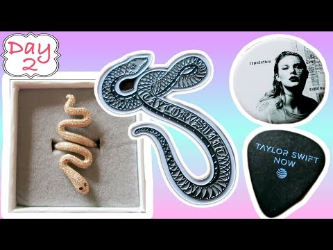 Taylor Swift Rose Gold Snake Ring is GORG