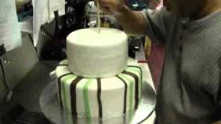 How To Make Two Tier Fondant Cake