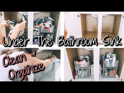 UNDER THE BATHROOM SINK DECLUTTER | CLEAN AND ORGANIZE WITH ME 2019
