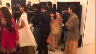 Salman Khan dancing in Tujhe Dekha To Yeh Jaana Sanam with sonam kapoor And othe