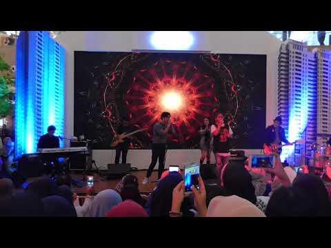 """YOVIE & NUNO """"MANUSIA BIASA"""" at Grand Metropolitan Bekasi - 2 Des 2017 [GRANDMET NEWS]"""