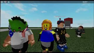 PLAYING ROBLOX WITH TSS FIRE!