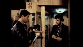 Без особого риска (1983) - Какого размера? - Вот такого!