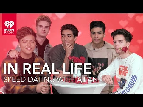 In Real Life Speed Date With A Lucky Fan! | Speed Dating