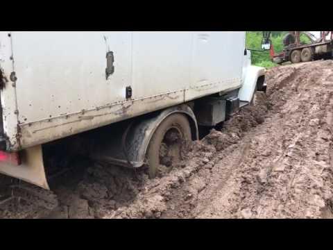 Размыло дорогу в Кировской области