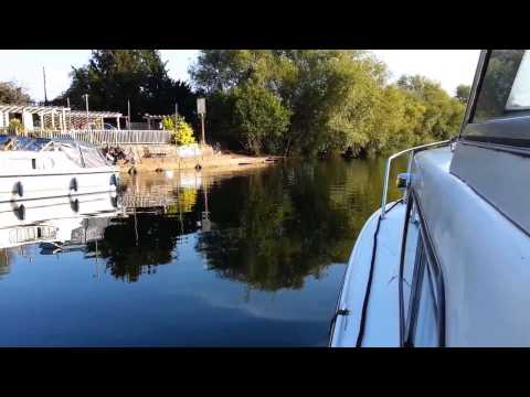 Avon cruise from Evesham to Offenham on 19-09-2015