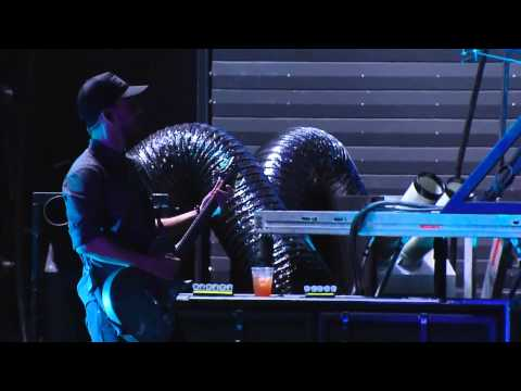 Linkin Park - Victimized/QWERTY (Carson, Honda Civic Tour 2012) HD