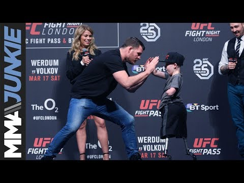 Michael Bisping's heartfelt exchange with amputee boy during UFC-London Q&A