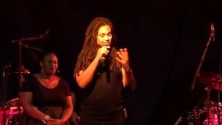 Dellé Berlin 2016-11-08 - Band Introduction / Light Your Fire