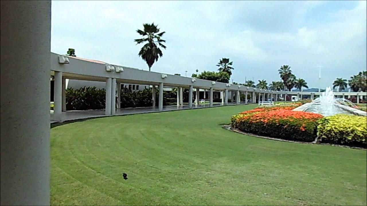 Camposanto parque de la paz guayaquil al for Horario cementerio jardines de paz