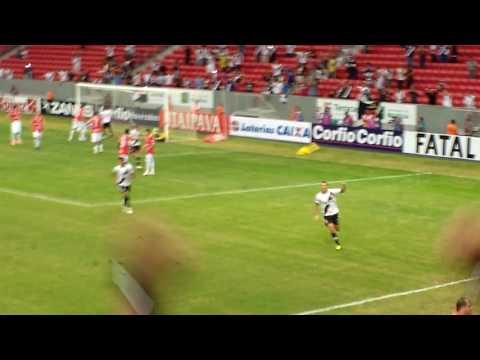 Vila Nova 0 x 2 Vasco - segundo gol - Nenê