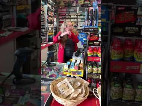 G BiZ - San Jose Gas Station Racist Says, No Spanish!!!