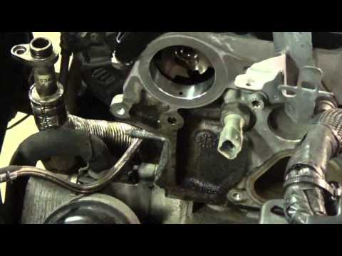 2007 Mini Cooper S R56 Cylinder Head Removal Part 3