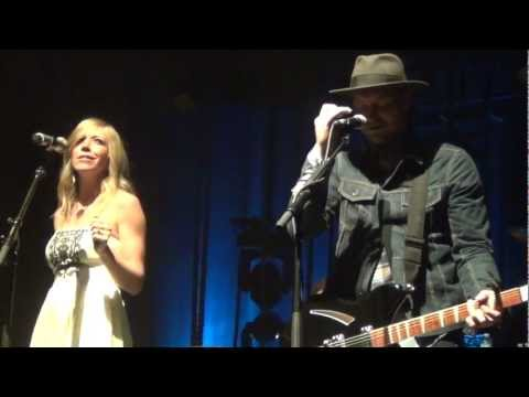Needtobreathe & Ellie Holcomb- Stones Under Rushing Water- HD- Tennessee Theatre- 4/4/13