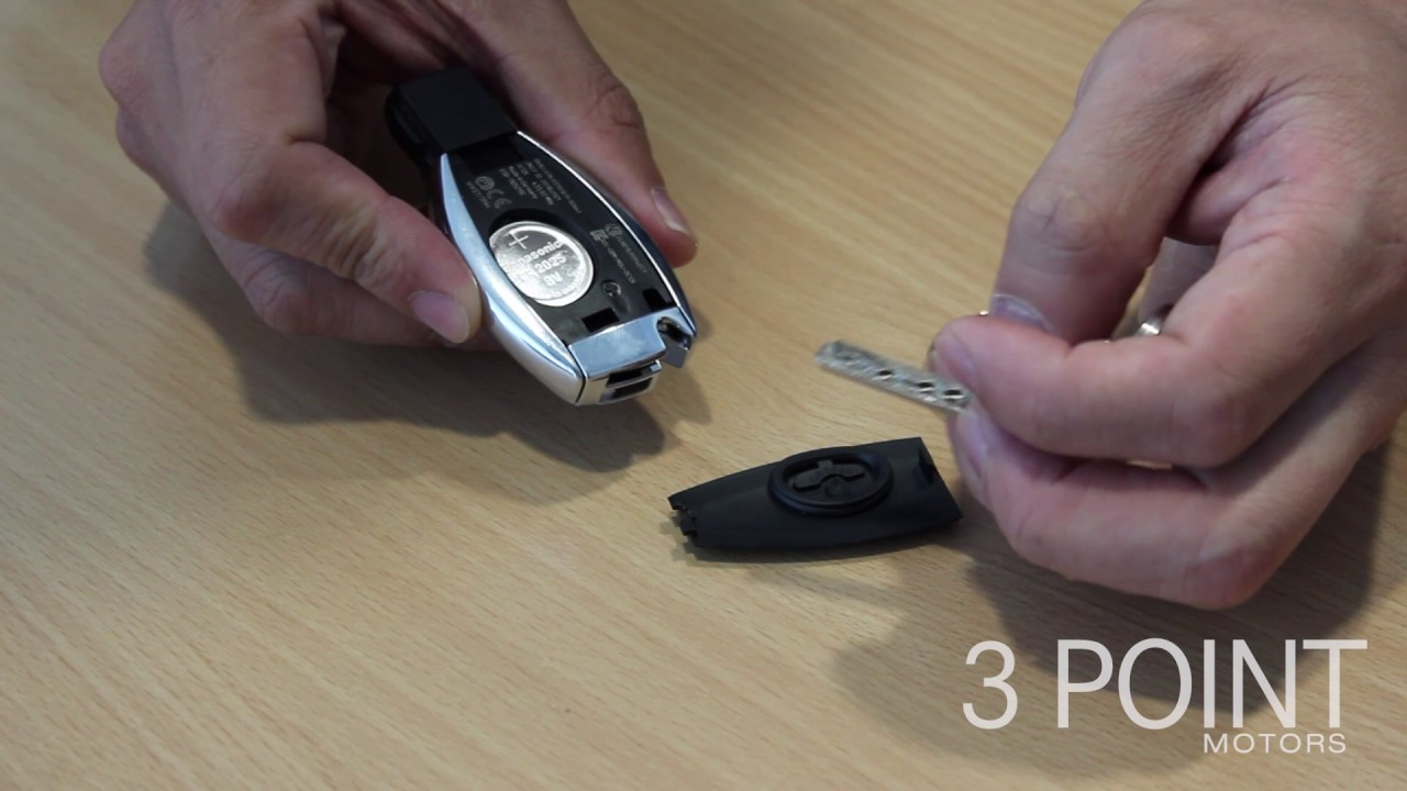 How to change a mercedes benz key battery youtube for Mercedes benz key battery