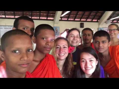 IVHQ: Teaching Buddhist monks in Sri Lanka