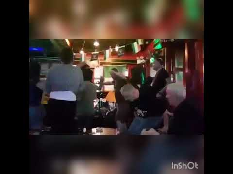 Tayland Rocl Bar'da Erikdali Oynatiriz :)