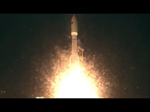 Atlas V Rocket blasts off from California with U.S. Spy Satellite