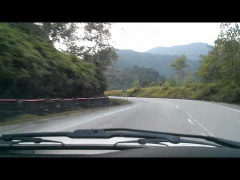 BMW E30 Cameron Highlands Drive (Simpang Pulai start) Part 1
