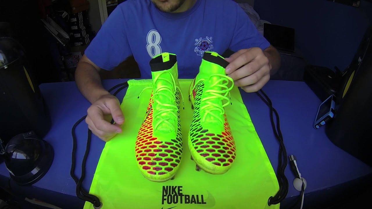 c9facb6b16f7 Nike Magista Obra - Review   Unboxing - YouTube