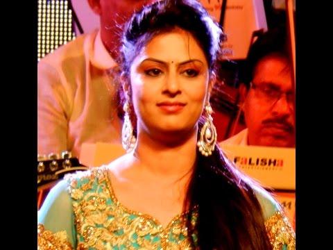 Aaja Re O Mere | Sarrika Singh Live