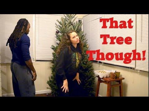 Decorating The Christmas Tree! vlogmas #3