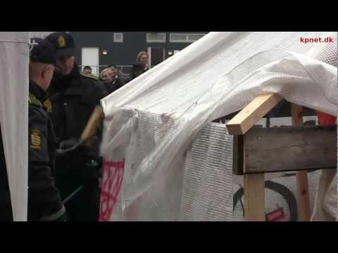 Occupy Copenhagen-camp ryddet på dag 13 - interview med Foivos 27/10 2011