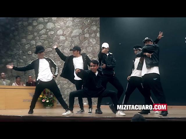 Egresa primera generación de la Academia de Danza Natalia Makarova en Zitácuaro