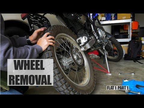 xt250-maintenance:-changing-a-tire-part-1/3-(removing-the-rear-wheel)
