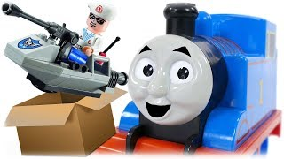 Enlighten 815 Assault Boat Review with Thomas the Train