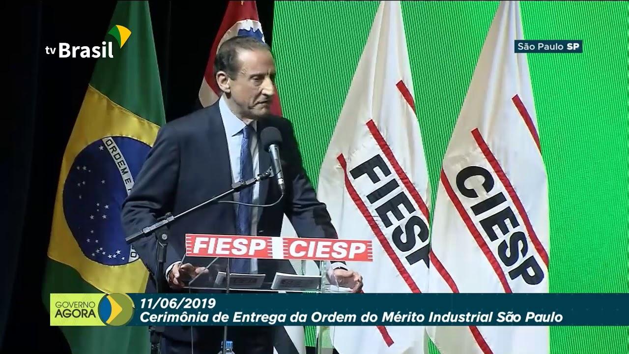 """Presidente participa de cerimônia de entrega da """"Ordem do Mérito Industrial São Paulo"""""""