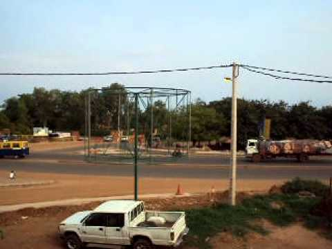 Raw footage of Guinea - Bissau intersection