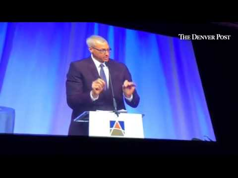 dr.-drew-salutes-arapahoe-house-for-its-work-in-helping-others-overcome-addiction-and-substance-abus