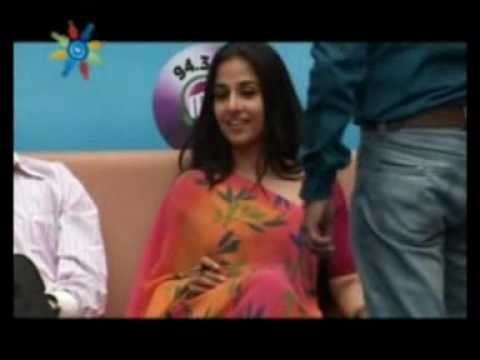 Vidya Balan Visits Indore Management Institute