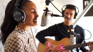 "Jorja Smith - ""Be Honest"" live @FluxFM"