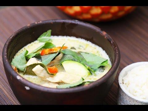 poulet-au-curry-vert,-recette-de-cuisine-thaï-traditionnelle